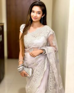 Anushka Sen Images 3